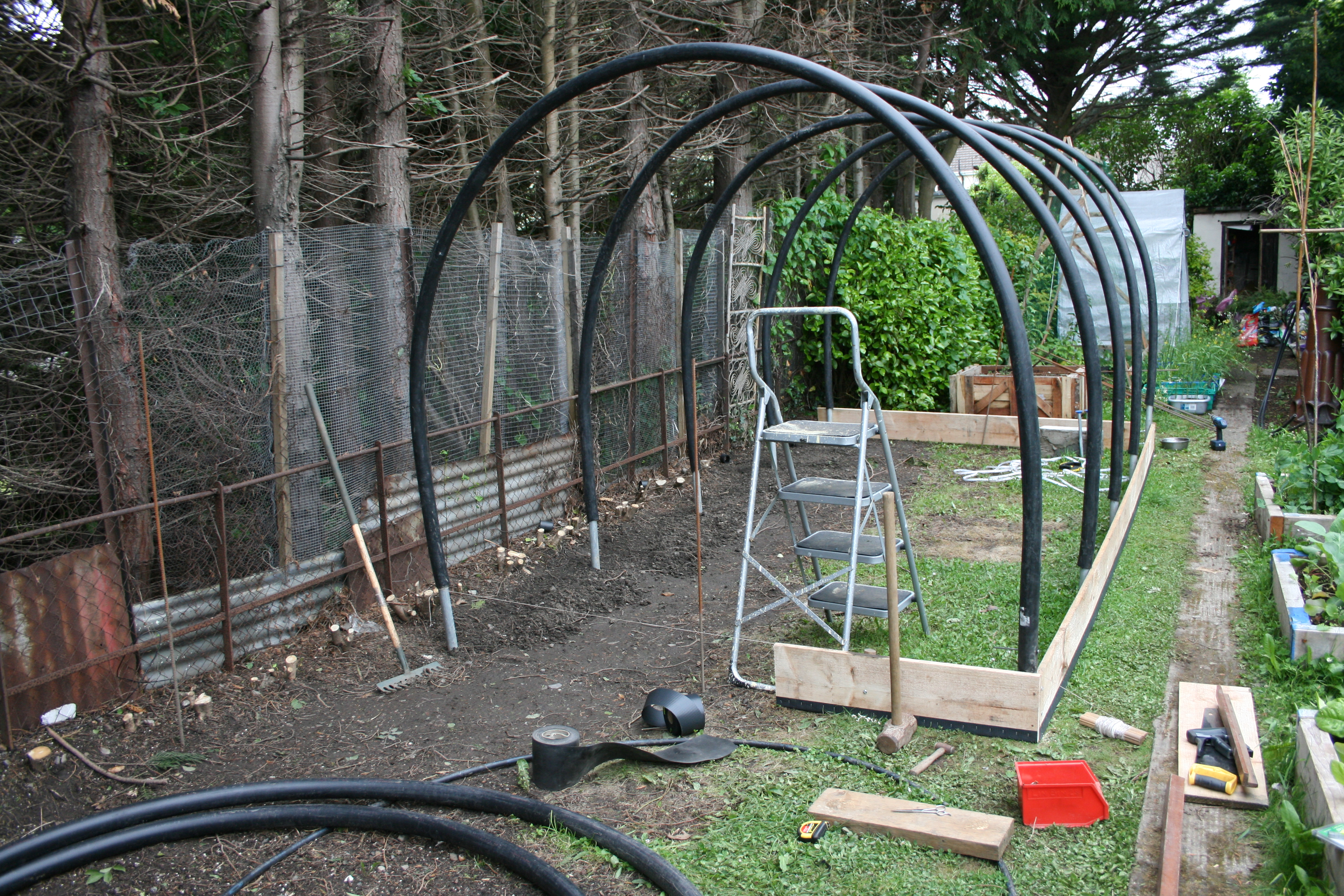 How to make your own polytunnel gardening permaculture for How to make house green